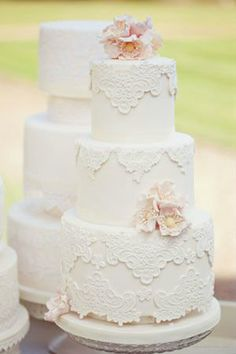 I love love love the patterns! I could definitely have a cake with a pattern like this but with a pop of a nice color. #wedding #cakes