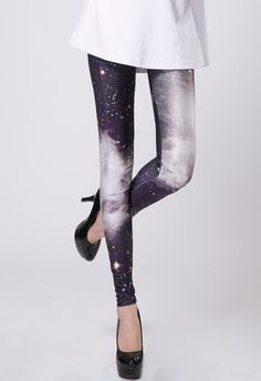 STYLE and FASHION - Quelle: http://de.chicwish.com/galaxy-black-legging.html