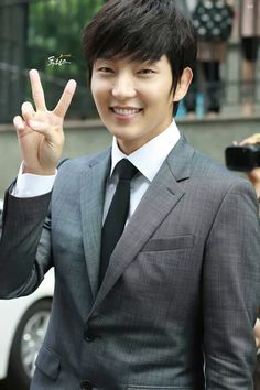 Oppa at Two Weeks press conference 07/31/13