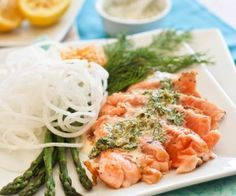 salmon tataki with lemon dill sauce