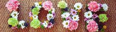 DIY mariage : Les lettres fleuries. Un superbe DIY mariage avec des fleurs et de jolies lettres en carton à décorer. Très simple à réaliser et magnifique !