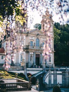 Sehenswürdigkeiten in Braga Budapest, Roadtrip, Portugal, Vacation, Dom, Lilies, Travel, Lakes, Porto