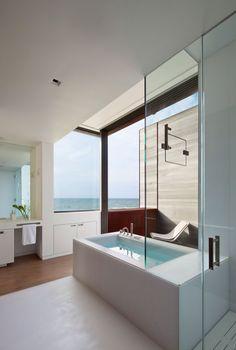 Contemporary Residence for a Large Family: Sagaponack by Bates Masi Architects | DesignRulz