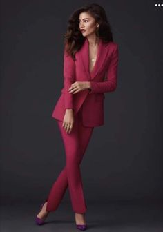 zendaya - zendaya zendaya style zendaya coleman zendaya outfits zendaya aesthetic zendaya makeup zendaya hair zendaya and jacob elordi Zendaya Hair, Zendaya Outfits, Zendaya Style, Zendaya Fashion, Zendaya Makeup, Zendaya Photoshoot, Zendaya Coleman, Pastel Outfit, Work Attire