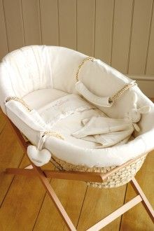 Natures Purest Moses Basket Stand