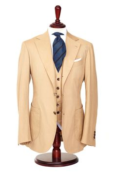 I think I just came seeing this suit! I can imagine this hand tailored for a god!!