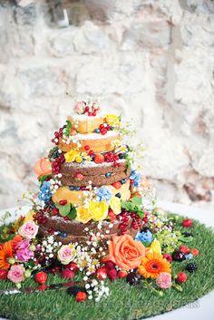 Weddign cake at Lulworth Castle Wedding Wedding Fayre, Next Wedding, Amazing Wedding Cakes, Amazing Cakes, Wedding Cake Designs, Wedding Cake Toppers, Red Velvet Wedding Cake, Naked Cakes, Creative Desserts
