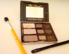 Review: Too faced Natural Eyes.