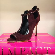 The perfect t-strap from @sergiorossiofficial #fall14 #bordeaux - LS