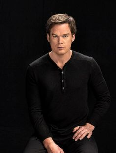 Holy super f*cking sexy Michael C. Hall! (He always looks super sexy but that's beside the point)