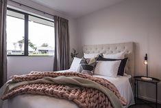 Cosy Bedroom | Dream Bedroom | Teenage Room | Guest Bedroom | Double Bedroom Design | Interior | Inspiration Cosy Bedroom, Dream Bedroom, Bedroom Inspiration, Interior Inspiration, Teenage Room, Double Bedroom, Comforters, Blanket, Interior Design