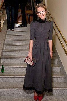 Платье собчак серое
