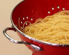 Yemek Pişirmenin Püf Noktaları - 1 Nefispratikyemektarifleri.com olarak bu içeriğimizde sizlerle yemek yapmanın püf noktalarını paylaşıyoruz. Bu bilgiler hem mutfakta işleriniz...  #kolayyemektarifleri #mutfaktapratikbilgiler #nefisyemektarifleri #pratikbilgilermutfak #pratikmutfakbilgileri #püfnoktası #püfnoktasımutfak #YemekPişirmeninPüfNoktaları-1 Pasta Recipes, Spaghetti, Pizza, Ethnic Recipes, Food, Breads, Bread Rolls, Essen, Bread
