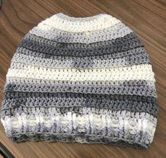 Crochet Beanie Ideas Crochet Messy Bun Hat, wear your hat AND keep your bun. The hat has a hole to let your bun out! Crochet Crafts, Free Crochet, Knit Crochet, Simple Crochet, Crochet Projects, Crochet Scarves, Crochet Clothes, Crocheted Hats, Crochet Beanie
