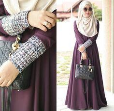 Love her dress!!