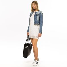 Shop online the denim jacket here http://iamstores.com/prodotto/giubbino-denim/