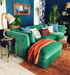 Who said that blue and green should never be seen together hadn't seen this wonderful room by Justina Blakeney.