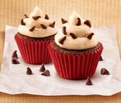 Chocolate Mini Cupcakes: Mini cupcakes are the perfect treat all year round!. http://www.bakers-corner.com.au/recipes/cupcakes/chocolate-mini-cupcakes/