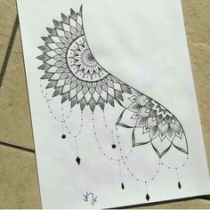 Delicate and beautiful 30 simple mandala tattoo design ideas for women – Page 23 Doodle Art Drawing, Zentangle Drawings, Mandala Drawing, Cool Art Drawings, Pencil Art Drawings, Zentangle Patterns, Tattoo Drawings, Body Art Tattoos, Half Mandala Tattoo