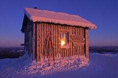 Ruka, Valtavaara hut in winter sunset