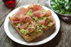 Open-faced sandwiches make a fine midweek meal, or use them as the first course for a more elaborate dinner. Prosciutto Recipes, Open Faced Sandwich, Midweek Meals, Arugula Salad, Avocado Recipes, Bruschetta, Avocado Toast, Guacamole, Sandwiches
