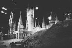 Harry Potter Studio Tour Harry Potter Studios, Hogwarts, Tours, Map, London, World, The World, Location Map, Maps
