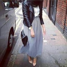 chiffon maxi skirt hijab style- Hijab fashion guide 2016 http://www.justtrendygirls.com/hijab-fashion-guide-2016/