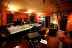 Sing Sing Recording Studio, Melbourne Australia     https://www.youtube.com/playlist?list=PL2qcTIIqLo7Uwb76_wNpg4v95m7Nrfdsa