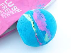 """Lush """"Intergalactic"""" & """"Guardian of the Forest"""" Bath Bombs: Review"""