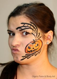 Preparing for pumpkin festival in Moldova!  Готовимся к фестивалю тыквы Bostaniada Festival Etno Gastronomic 2014!  Model: my mate face painter Vicol Katryn