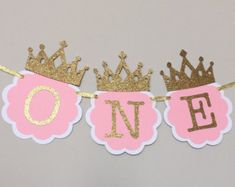 I am ONE, Pink and Gold Birthday Party Decorations. ONE High Chair Banner. Pink and Gold Party. Little Princess, Smash Cake banner - Promo XV - Gold Party, Pink And Gold Birthday Party, 1st Birthday Princess, Gold First Birthday, Baby Girl 1st Birthday, 1st Birthday Parties, Cake Birthday, Birthday Ideas, Princesse Party