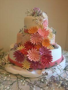 Wedding cake modern trendy