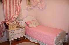 Sweet Girl's bed