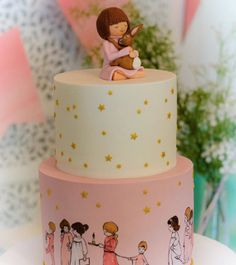 Belle and Boo inspired 2 tiered birthday cake by @museudascriancas