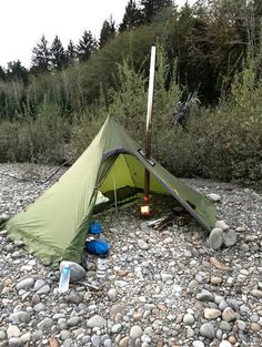 Hot Tent Rain Backpacking Video: Unten am Fluss Best Picture For Camping Survival posts For Your Taste You are looking for something, and it is going to te Bushcraft Camping, Camping And Hiking, Camping Hacks, Camping Supplies, Camping Survival, Camping With Kids, Camping Life, Tent Camping, Outdoor Camping