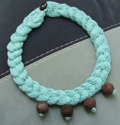 Green knit necklace