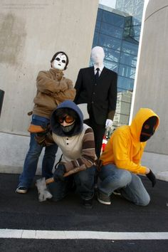 Creepypasta Cosplay: Masky, Slenderman, Ticci Toby and Hoodie