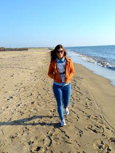 A sunny day   Romwe Sweatshirt and Shein Jacket