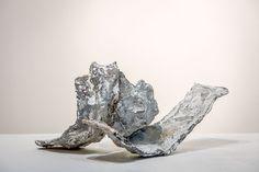 Joseph Cals - Sculpture 'Caressing' – Bronze – 22 x 40 x 36 cm
