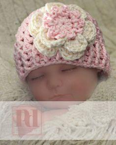 Newborn Cross Stitch Beanie w/Flower PDF door PDDesignsCrochet