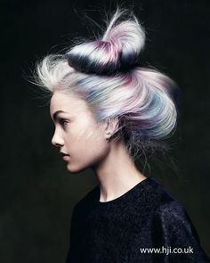 【跟著VICCA學英文-時尚篇】Move Over! OPAL HAIR當道 擁有夢幻髮色不是夢