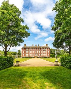 Ham House in Richmond, London is one of the most beautiful stately homes in the area around the capital.     #hamhouse #statelyhome #house #london #richmond
