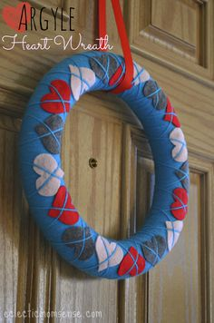 Valentines Argyle Heart Wreath from eclecticmomsense.com #valentinesday #wreath #craft