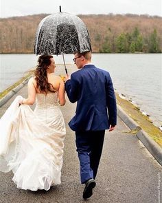 {In the Rain Theme} This is way too cute! Thank you for participating!  @autobotminivan #weddingwednesday #military #militarylove #militarywife #militarywedding  #usaf #usaflove #usafwife #usafwedding #airforce #airforcelove #airforcewife #airforcewedding #myairman by lovingmyhero