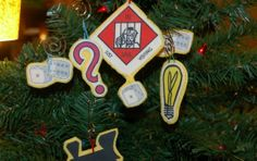 Monopoly Christmas ornaments on a tree! Perfect for the December birthday party I may or may not be planning.... :-)
