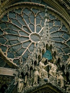 Architectural details of Reims Cathedral, a masterpiece of the gothic art, France (by Simon Greig).