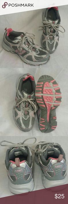 New Balance 461 Trail Shoes Gray 8 M Lace ups Women's shoes item is a good condition (please check my bundle discount thanks for visiting). New Balance Shoes Athletic Shoes