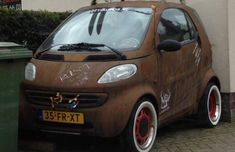 Smart ForTwo Rat, certainly stands out! Smart Auto, Smart Car, Rat Look, Steel Racks, Smart Fortwo, Jet Ski, Street Rods, Car Humor, Custom Motorcycles