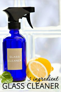 Cleaning Glass Windows and Doors is super easy when you use this all natural glass cleaner! Find out how to make your own window cleaner here! Best Glass Cleaner, Homemade Glass Cleaner, Cleaners Homemade, Diy Cleaners, Household Cleaners, All Natural Cleaning Products, Natural Cleaning Recipes, Diy Cleaning Products, Natural Window Cleaners