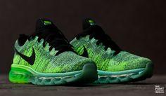 Zapatillas Nike Air Max 2014 Flyknit Wmns Verde Negro, recién llegada a nuestra #tiendaonline el modelo #AirMax2014 escala a lo mas alto incorporando el tejido #Flyknit en toda su composición, esta zapatilla de #running pasa a la sección #sneaker de moda ya que la gran expectación y demanda entre el público #sneakerhead a sido brutal. #ThePointonlineshop #Nike #AirMax